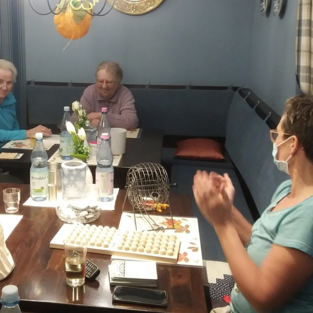 Bingo in WG 4, Landhaus (16. November 2020)